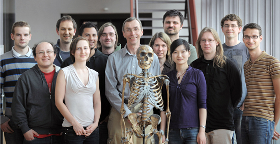 Neandertal_genome_research_group.jpg